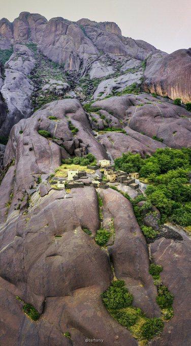 """بالصور هنا جمال الطبيعة بقرية """" غية """" السياحية"""