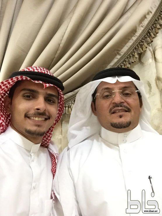 محمد صديق يحصل على درجة البكالوريوس في اللغة الانجليزية