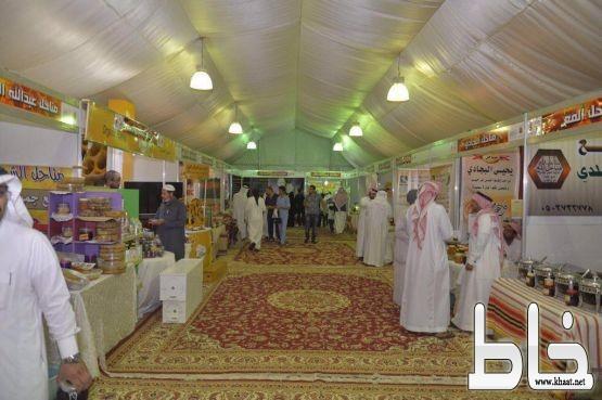 بمشاركة خليجية وعربية.. انطلاق مهرجان العسل
