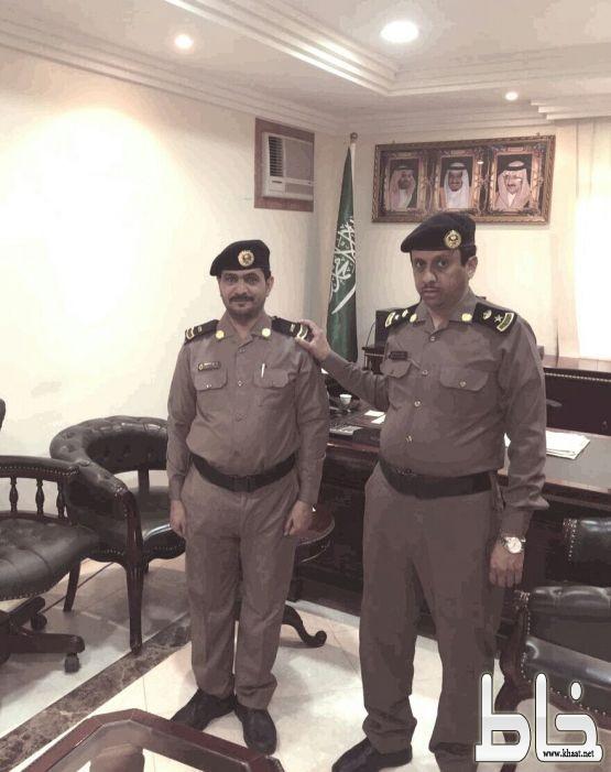 """ترقية """" الغيلاني """" رئيس مركز شرطة عبس إلى رتبة رئيس رقباء"""