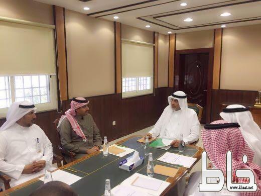 معالي مدير جامعة بيشة يلتقي بمدير فرع هيئة السياحة والتراث بمنطقة عسير