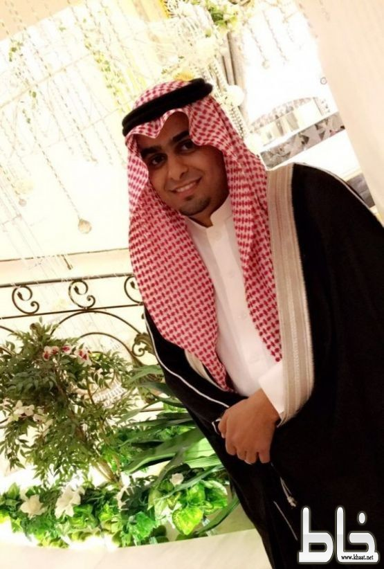 الشاب عوض السيد جابر الشهري يحتفل بتخرجه من جامعة الملك عبدالعزيز تخصص علوم ادارية
