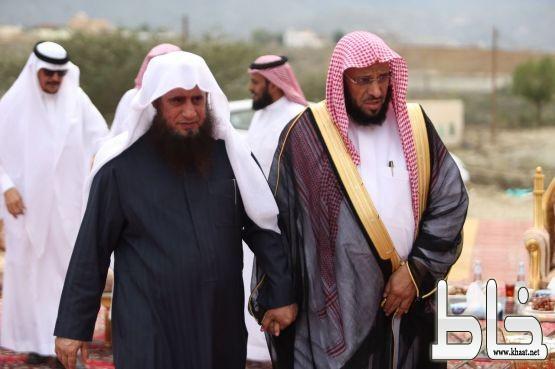 الداعية الاسلامي الشيخ #عائض _القرني يحل ضيفاًعلى الدكتور ماشي العمري بمركز خاط