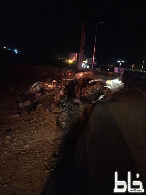 وفاة مواطن وإصابة أخر في حادث تصادم شنيع على طريق أحد ثربان محافطة المجاردة