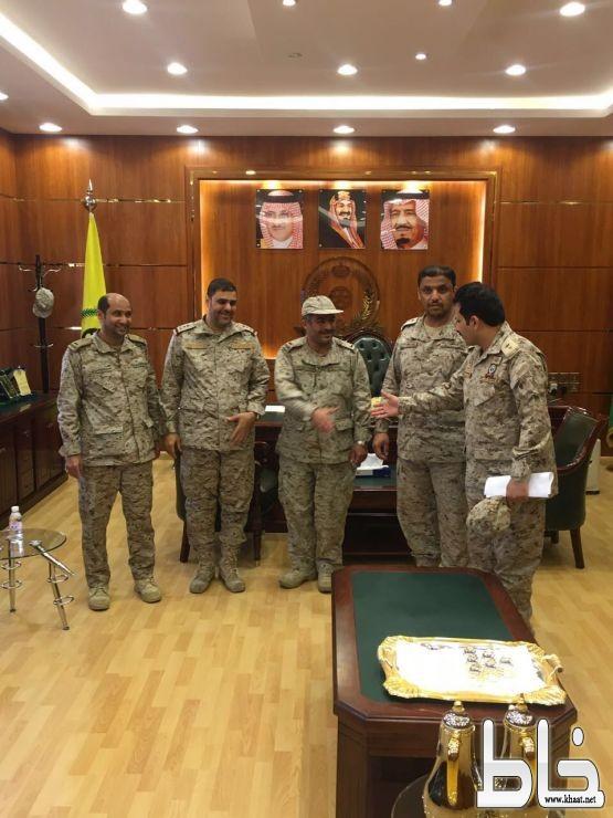 """ترقية """" محمد عبدالله بن واصل العمري"""" إلى رئيس رقباء بالقوات البرية"""