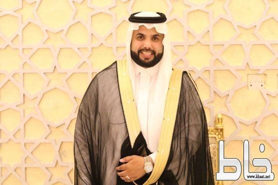 الدكتور حسن بن زاهر القرني يحلق في سماء المجاردة  محتفلا بزفافه