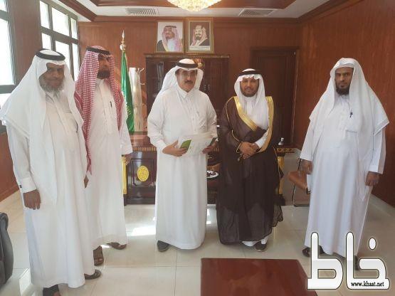 ال حموض يستقبل رئيس وأعضاء مجلس إدارة جمعية تحفيظ القرآن الكريم بالمجاردة