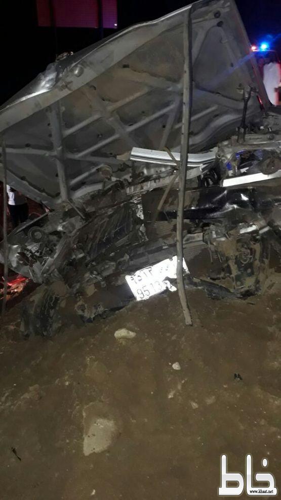 """إصابات بليغة اثر حادث سير بمنعطف خطير  باحد ثربان  و """"الأهالي """"يطالبون بوجود مركز للهلال الأحمر"""