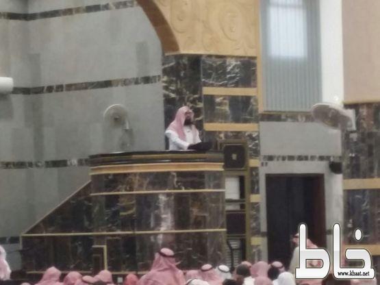 """اكثر من 1500 يشهدون  خطبة الجمعة اليوم للشيخ """"خالد الرياعي"""" في الجامع الكبير بأحد ثربان"""