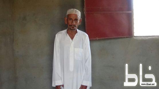 مواطن من محافظة القنفذة يصارع الفقر والجوع ويناشد المسؤولين بالنظر في حالته