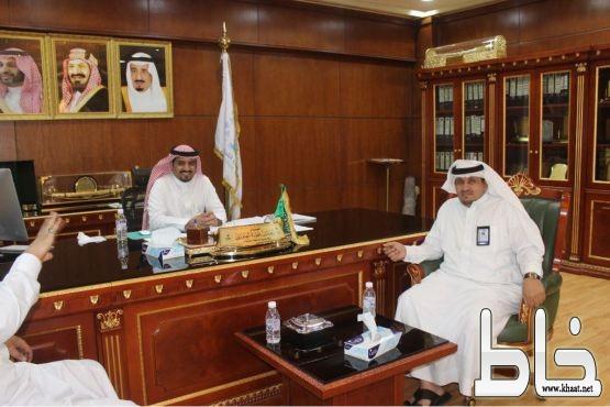 نائب وكيل الامين لبلديات المحافظات يزور بلدية القنفذة وبلدية سبت الجارة