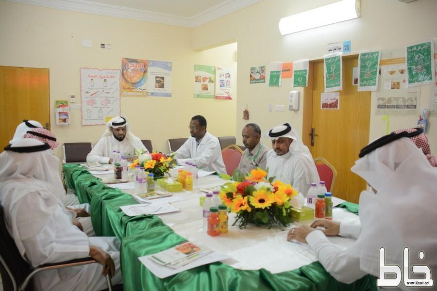 بالصور .. اللجنة الصحية بمركز صحي شرق المجاردة تعقد اجتماعها الدوري