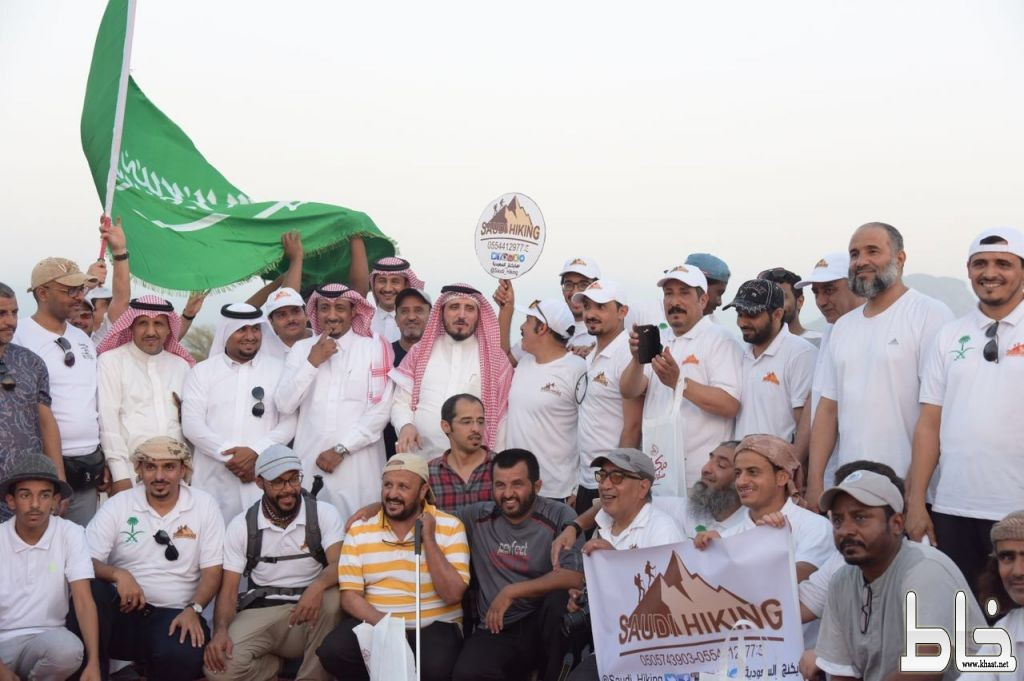 البناوي و البارقي يدشنان حملة النظافة ( مكاني مسؤوليتي2 ) بمشاركة هايكنج السعودية