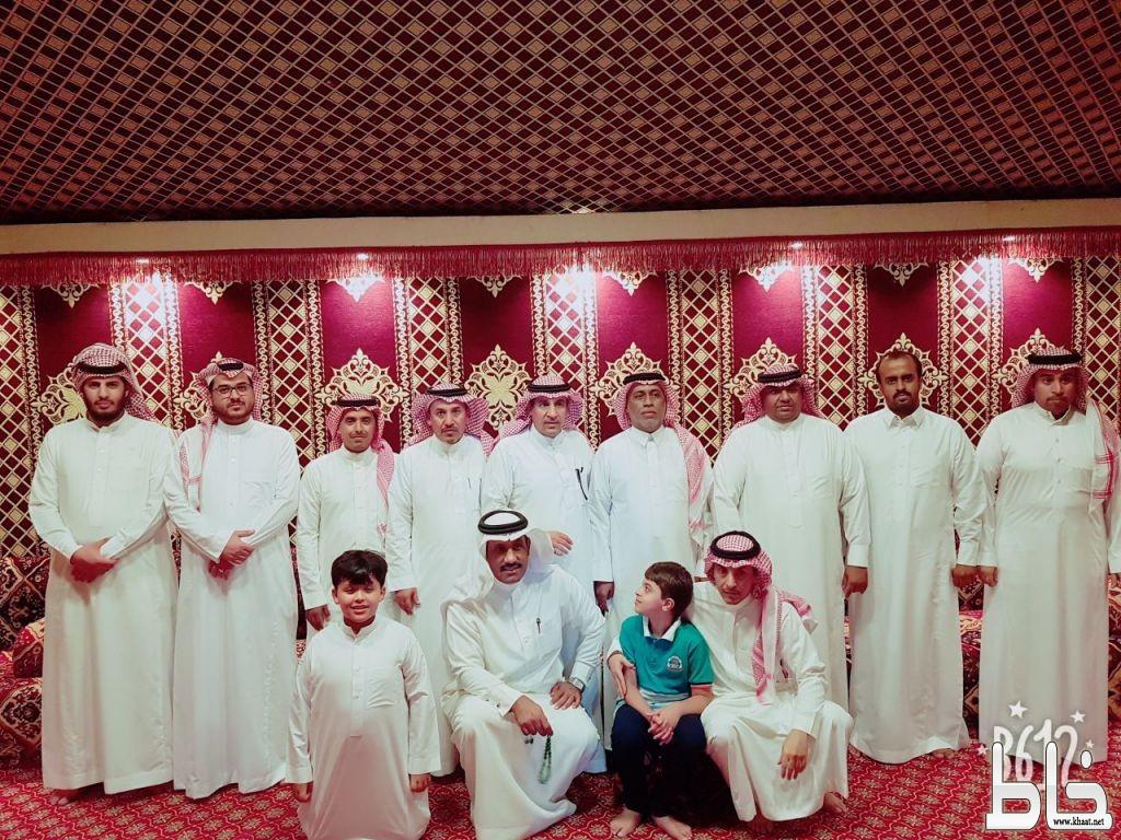 ملتقى الساحل الغربي يكرم سعيد العمري وصاحب العمري بمناسبة تقاعدهما