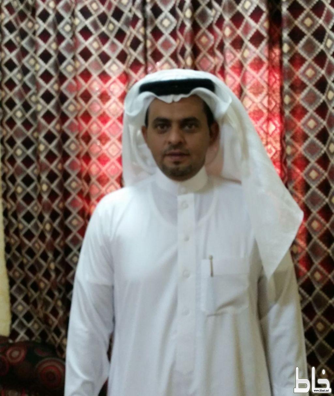 ترقية علي عبدالله الشهري الى المرتبة التاسعة بمكتب تعليم المجاردة