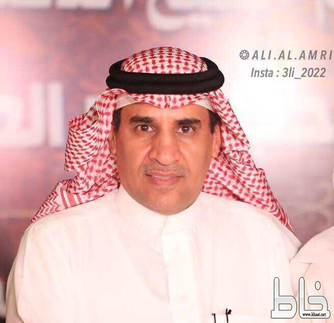 العميد عبدالله العمري ضيف شخصيات : حقق العديد من الأوسمة وأبدى اعجابه بولي العهد