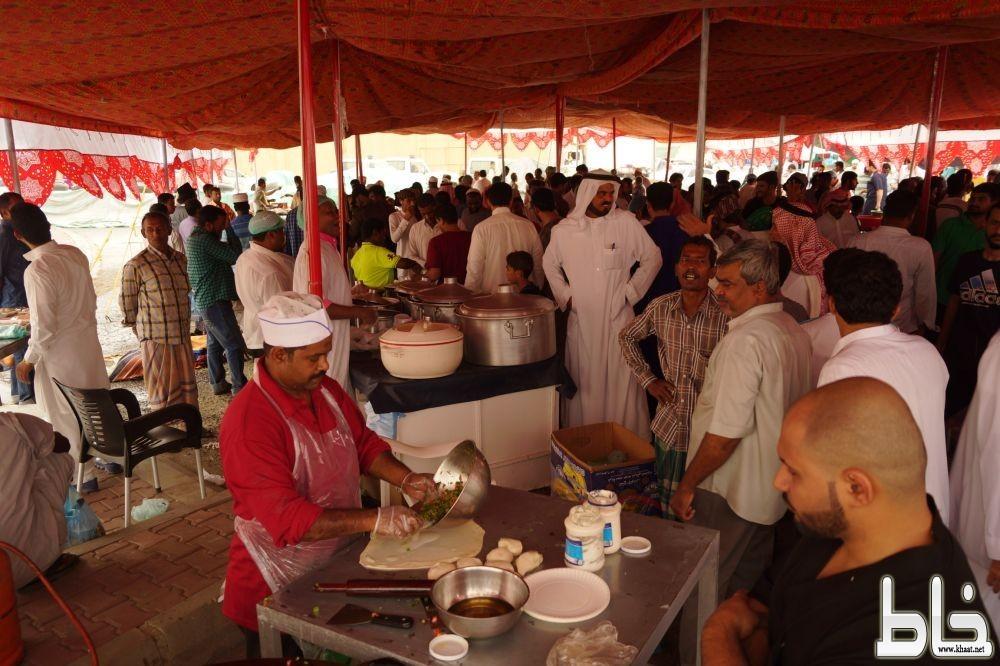 خيمة السوق الرمضاني بسوق الاثنين تستقطب المئات من الزوار