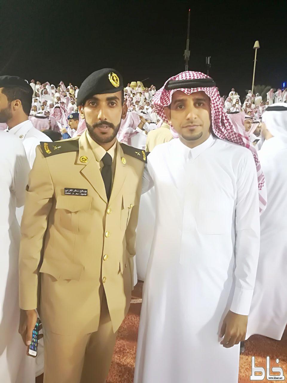 صالح القرني يحتفل بتخرجه من كلية الملك عبدالعزيز الحربية