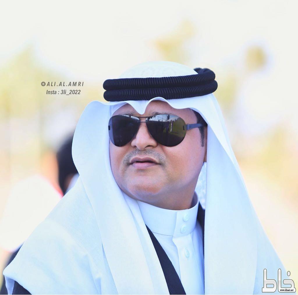 د محمد صالح يحتفل بأروى الاولى على كلية العلوم والآداب بالمجاردة