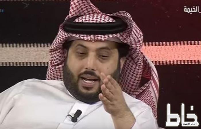 """أول تعليق لـ"""" آل الشيخ"""" على لقطة """"القرني"""" أثناء سلامه على الملك .. ويكشف سبب نظرة """"الفغم"""""""