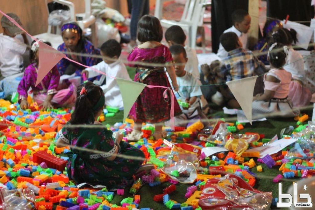 """القرقيص """"كرنفال شعبي يجذب الأطفال في بيشة"""