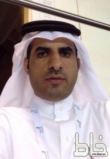 """المحاضر بالكلية التقنية بالرياض أ.عامر الشهري ضيف """" شخصيات """" : تكريمي من خالد الفيصل لا ينسى ، واتمنى زيارة امريكا ."""
