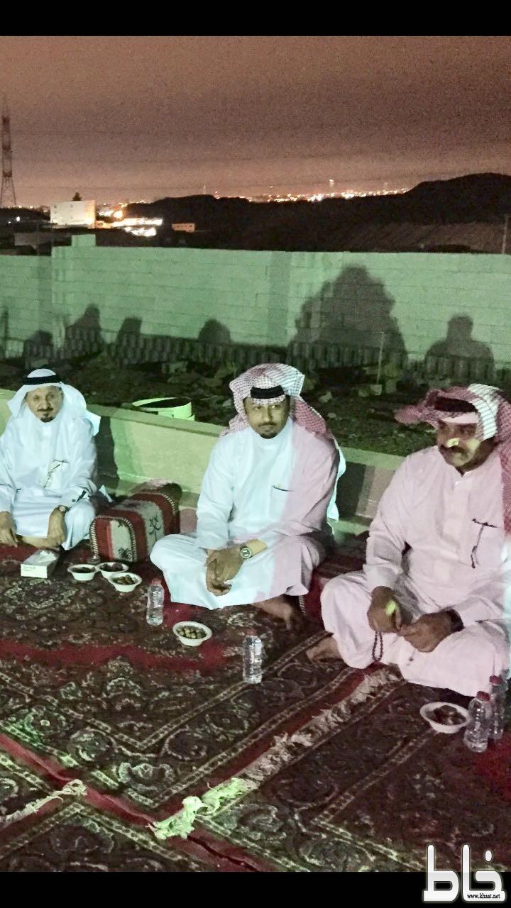 **الاستاذ عبد الرحمن محمد مشرف العمري في ضيافة الاستاذ عبد الله علي شيخ الشهري