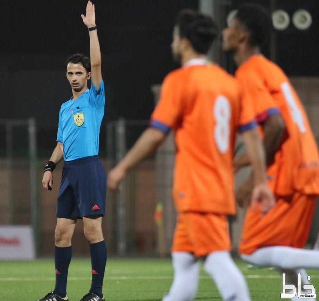تأهل فريقي العرين والصقور إلى ربع النهائي ببطولة كأس الخميس