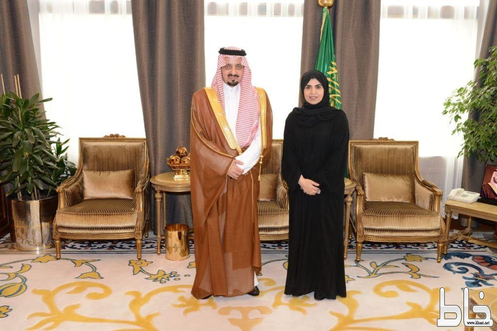 أميرعسير يستقبل نائبة وزير العمل والتنمية الاجتماعية