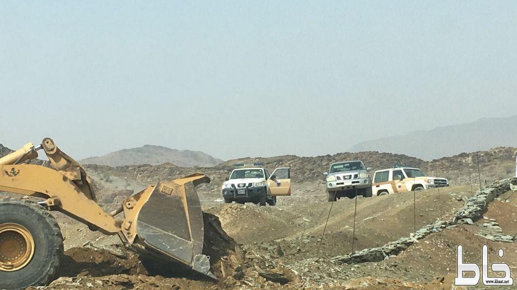 بلدية محافظة محايل عسير تستعيد أكثر من 680.000 م2 من مواقع متفرقة بالمحافظة تم الاعتداء عليها