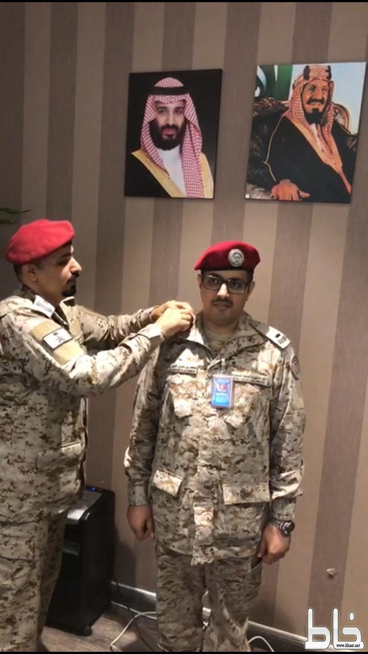 ترقية محمد الشهري الى رئيس رقباء بمطار الملك عبدالعزيز