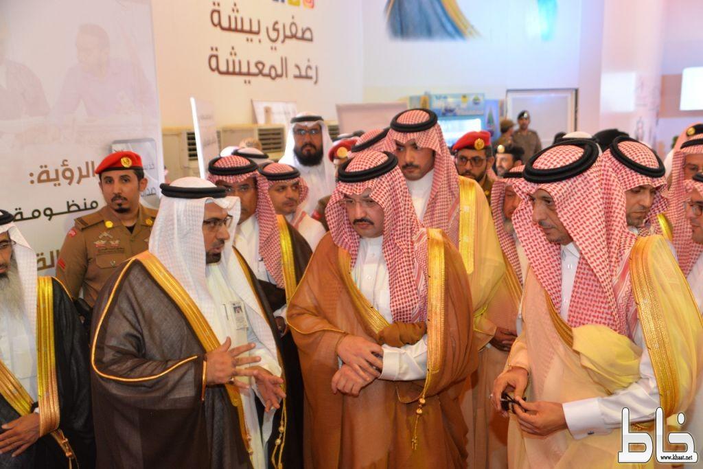 نائب أمير #عسير يزور مهرجان الصفري ويدشن عدد من المبادرات في #بيشة