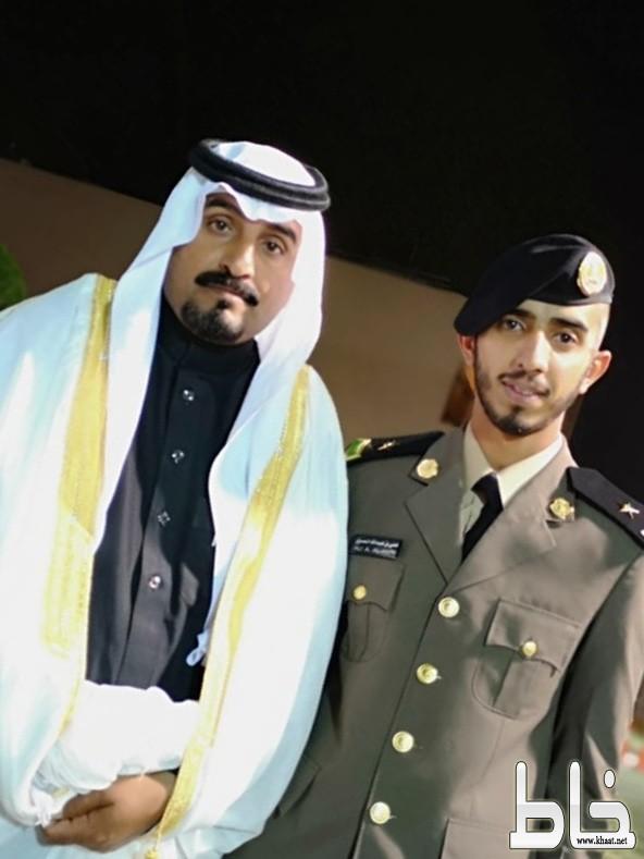 عبدالله بن مخفع يحتفل بتخرج نجله الملازم علي