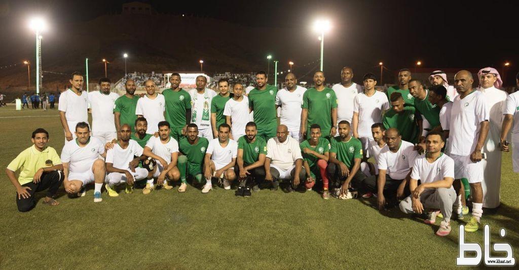 قدامى المنتخب السعودي يشاركون احتفال شهيد محايل بيوم الوطن