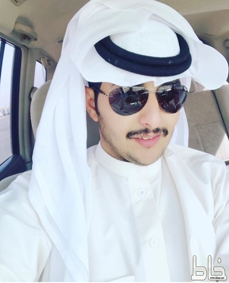 عبدالرحمن بن مسعود يحتفل بالمولودة