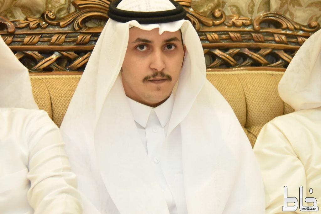 بالصور .. شاكر غازي الشهري يحتفل بخطوبته