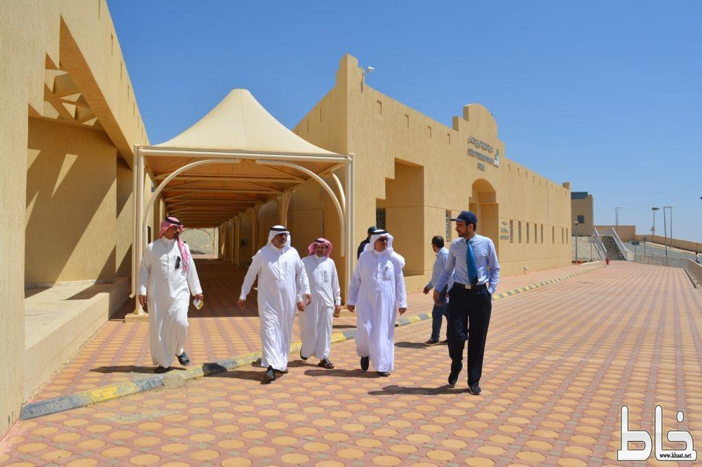 الكلية التقنية بالنماص تستقبل وفد من المجلس البلدي والمحلي