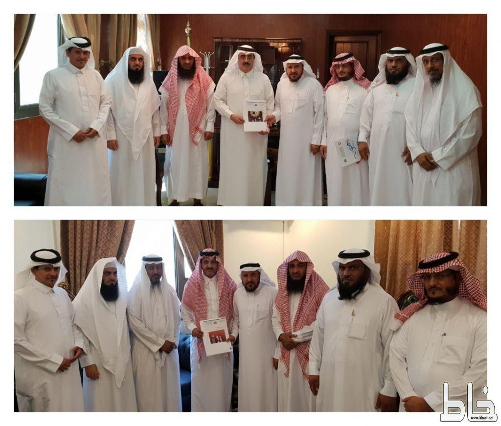 آل حموض والمرزوقي يستقبلان رئيس وأعضاء المكتب التعاوني بالمجاردة