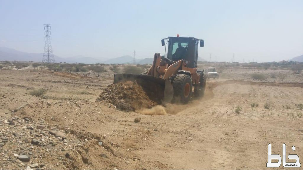 بتوجيه البناوي البلدية و لجنة التعديات تستعيد ٤كلم٢ من الأراضي الحكومية