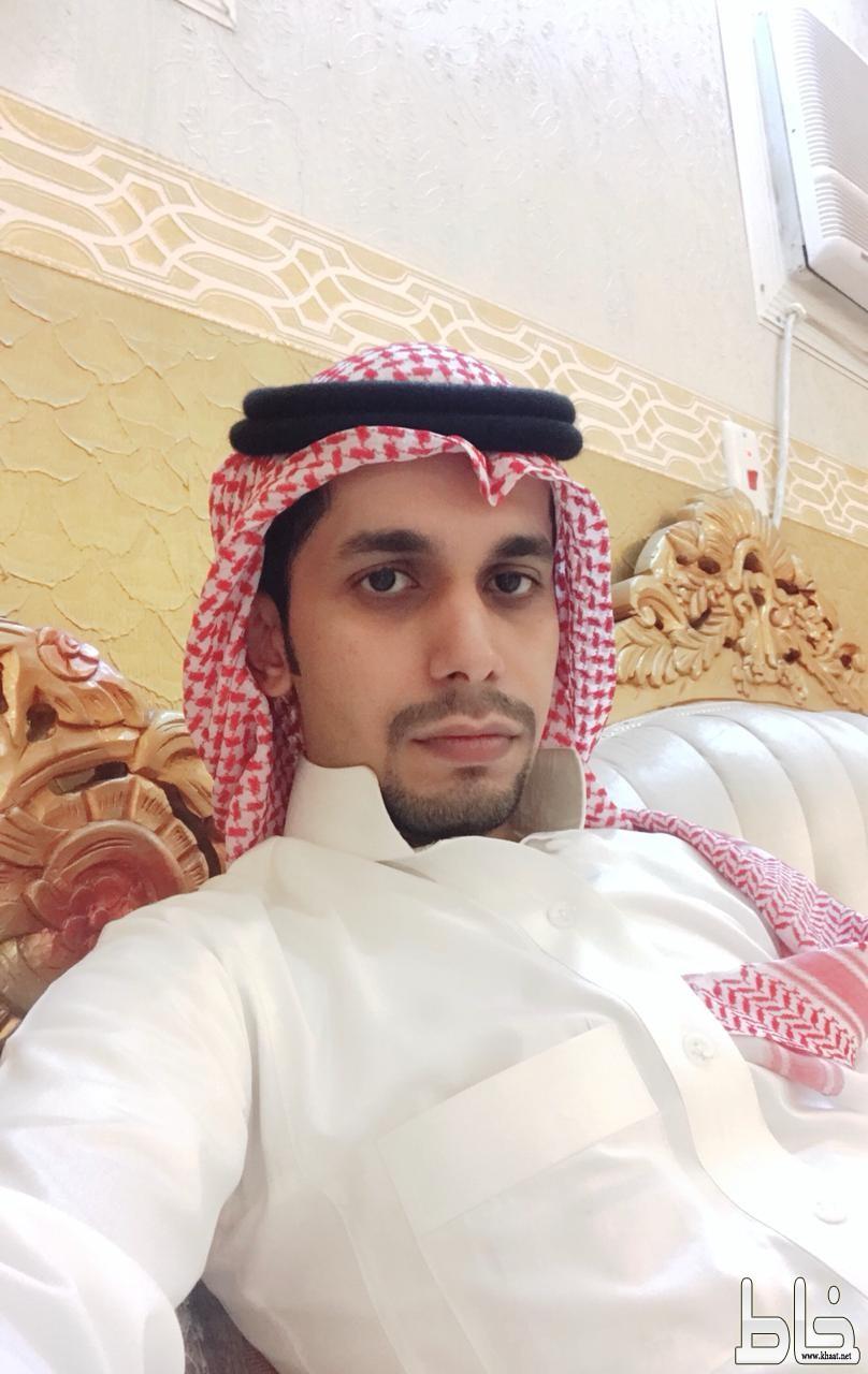 """"""" محمد """" يضئ منزل الأستاذ فهد الشهري"""