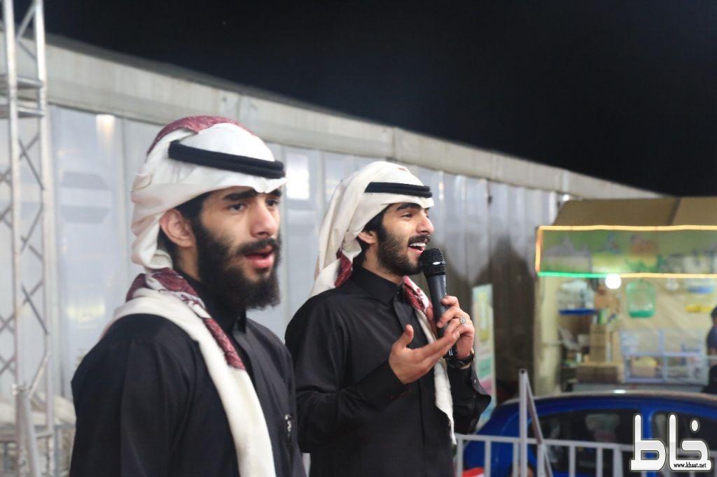حضور كثيف وتألُق للتوأم الشهراني في مهرجان المجاردة للتسوق