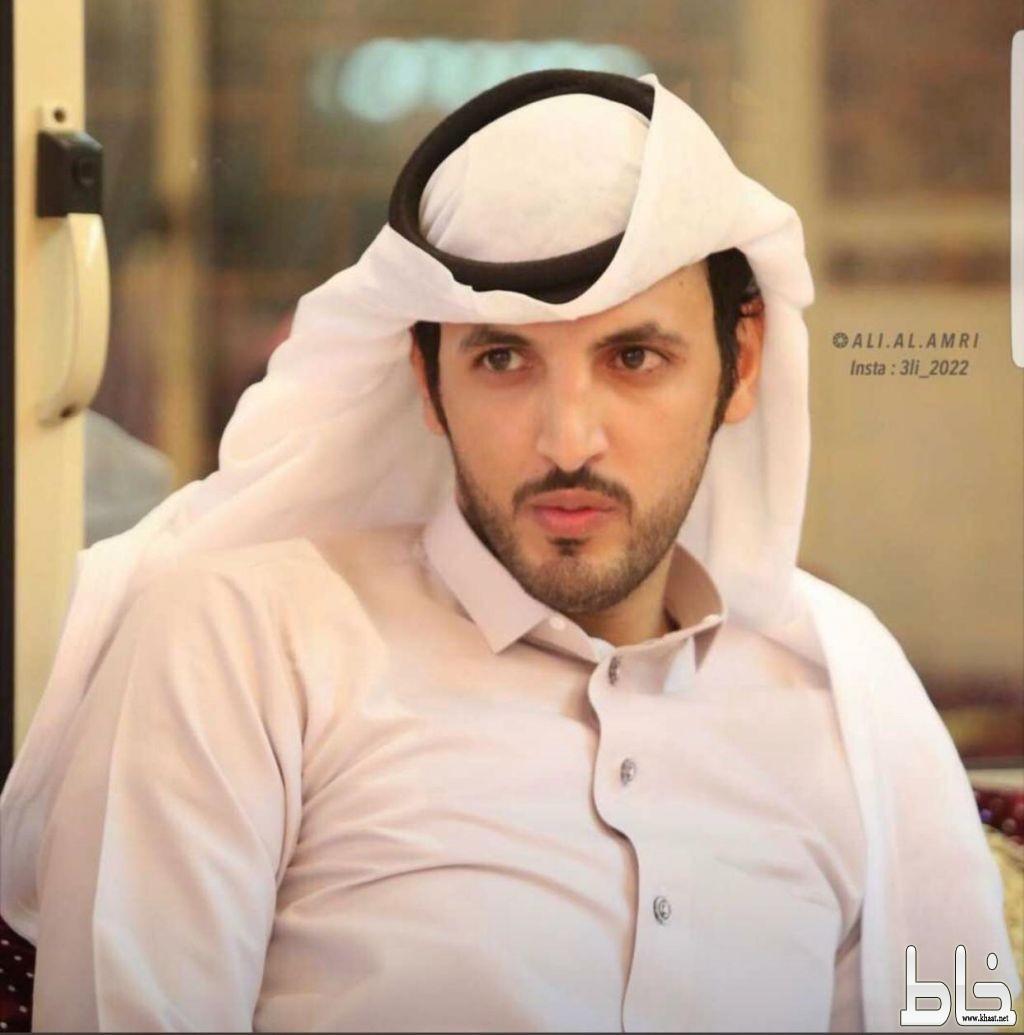 ابن شهيد الوطن صالح العمري يطل على الدنيا في غياب والده .