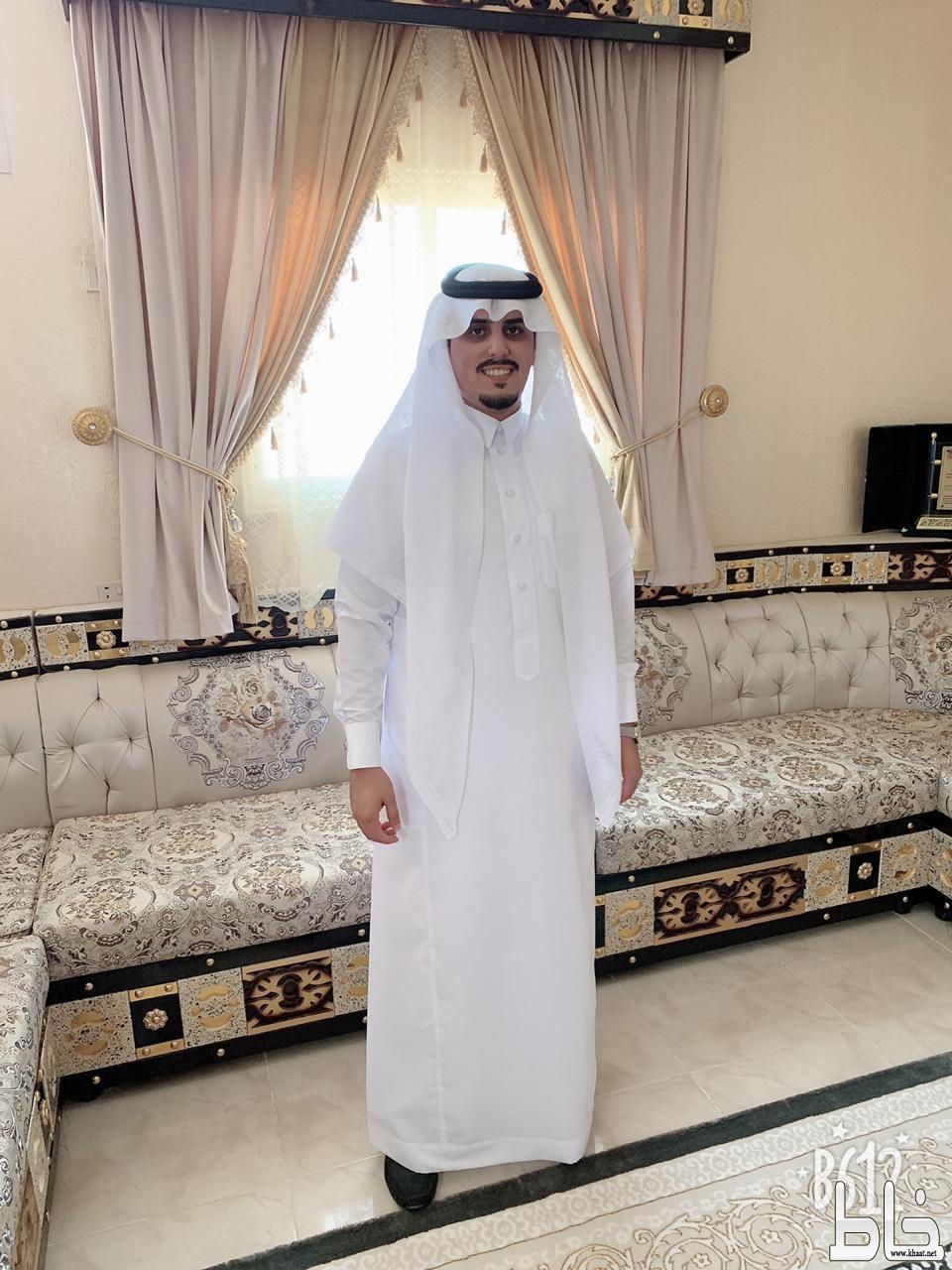 الاستاذ علي محمد شاووش يحتفل بعقد قرانه