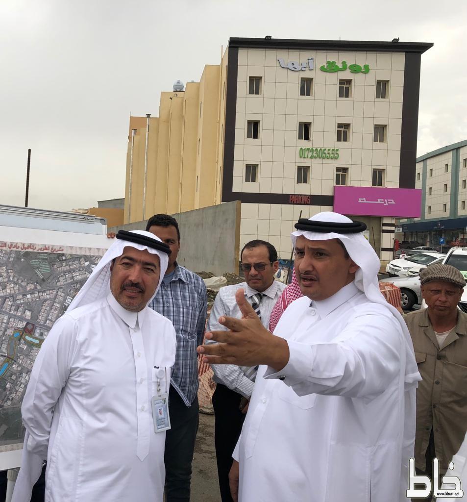 أمين عسير يوجه بسرعة إنجاز مشروع طريق وادي الملاحة بالمجاردة