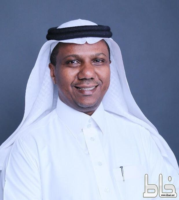 التمديد للدكتور إبراهيم آل قايد عميدا لكلية العلوم والآداب بمحايل لمدة عامين