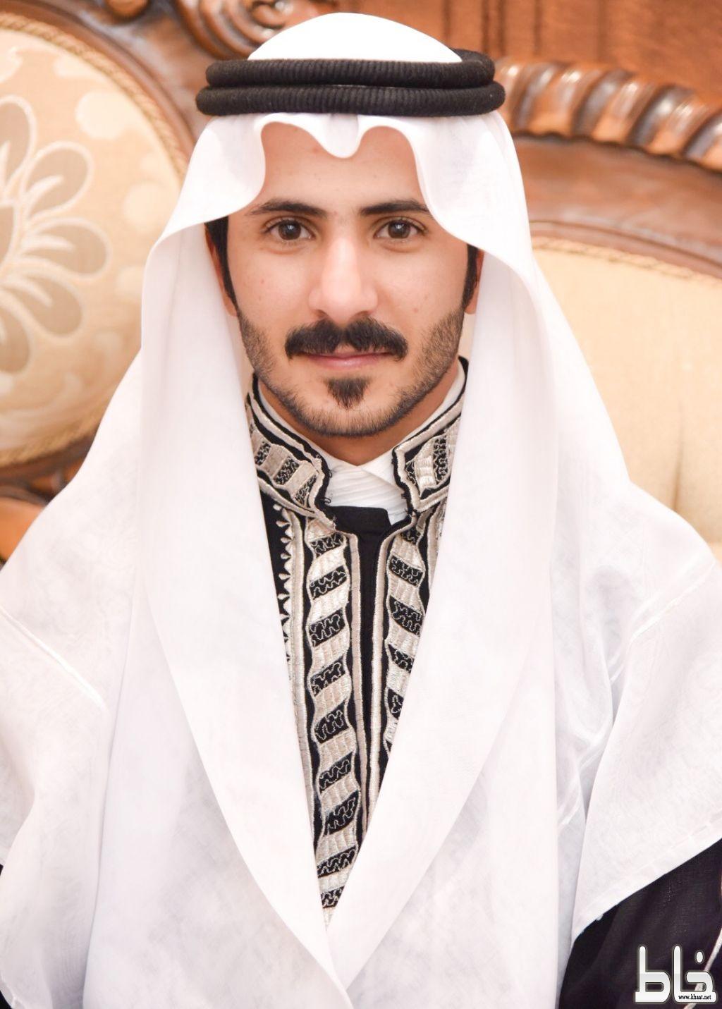 بالصور .. سلطان حسن فراج يحتفل بعقد قرآنه
