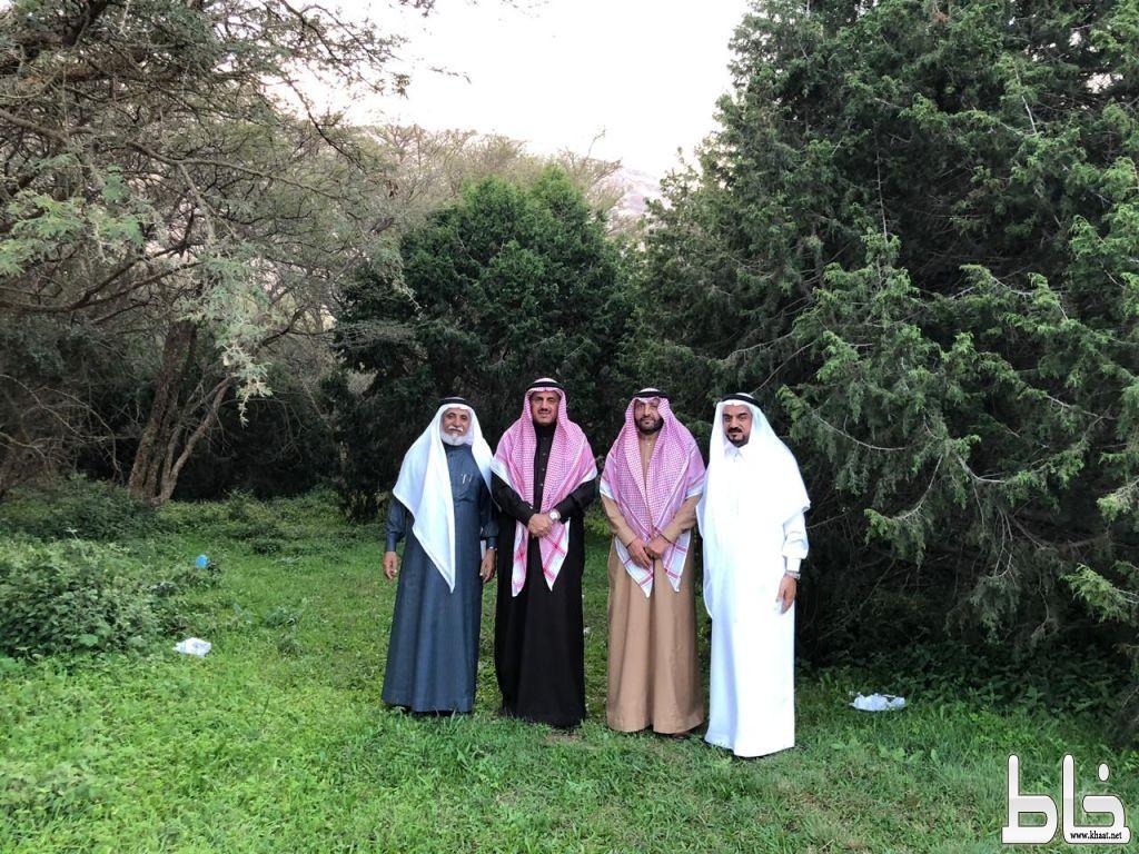 معالي مدير جامعة الملك خالد في زيارة لمحافظة تنومة