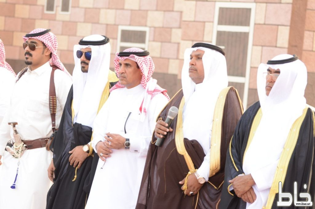 آل حنفان يحتفلون بزواج الاستاذ أحمد محمد