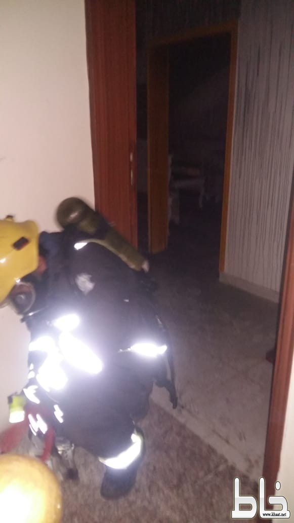 إصابة امرأة وطفلها إثر اندلاع حريق في شقة بالمجاردة
