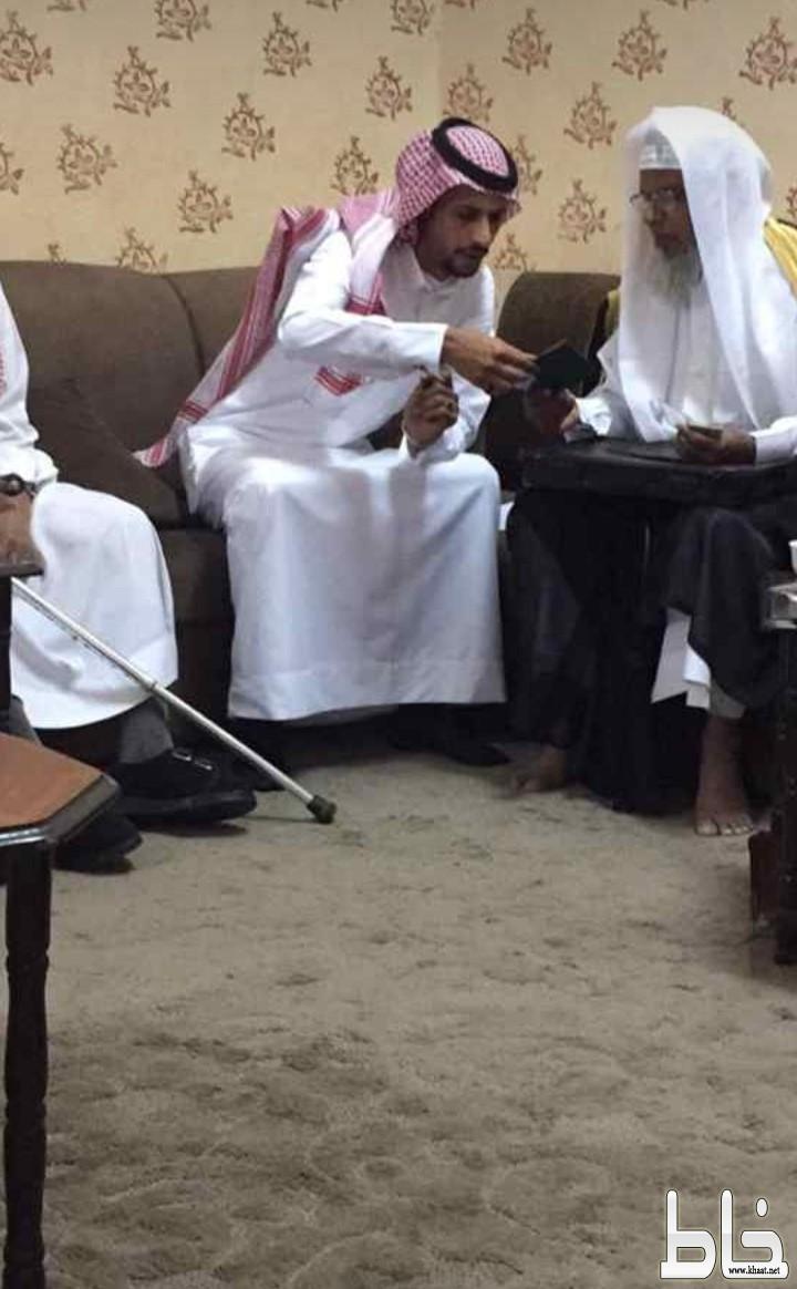 بالصور.. الشاب أحمد إبراهيم يعقد قرانه.